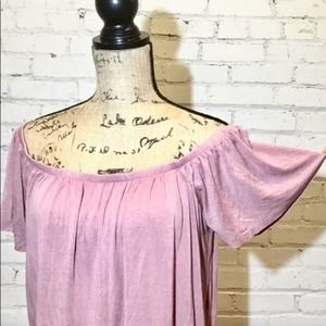 ULTRA FLIRT Off the shoulder top 1X plus Size pink